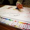 子供とお絵描きをする時、できれば使うべきではない2つの言葉とその対策